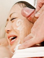 Rina Yuuki Asian has eyes covered and peach aroused with vibrator