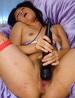 Kyouka Mizusawa Asian topless screams from vibrator on clitoris