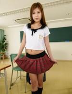 小悪魔JK西山希ちゃんは、ノーパン女子校生。これには先生も大興奮!指マン&立ちバックでガン突きで、ザーメン中出し!