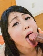 Reo Saionji squirts after having hairy twat fingered and aroused